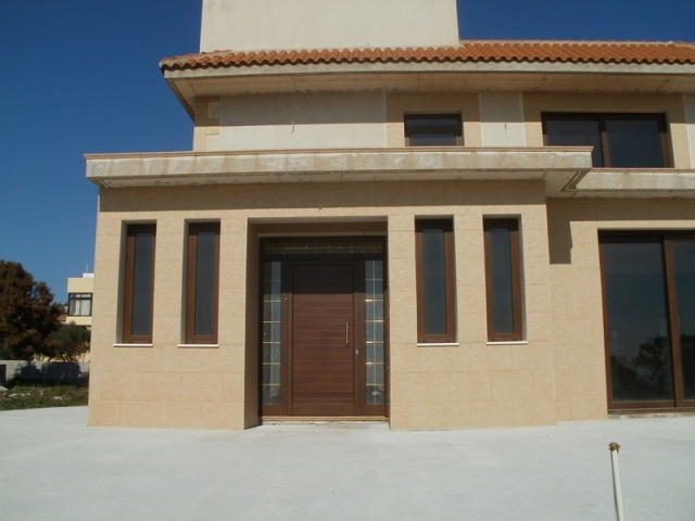 4 BEDROOM HILLSIDE VILLA WITH TITLE DEEDS - AYIA NAPA
